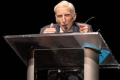 Martin-Rees-making-a-point-
